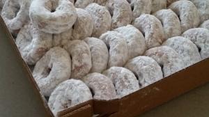 Powdered donuts at Bowers Farm
